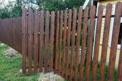 Забор из деревянного штекетника