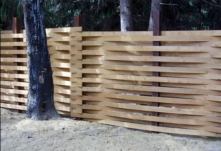 Горизонтальный забор-плетенка