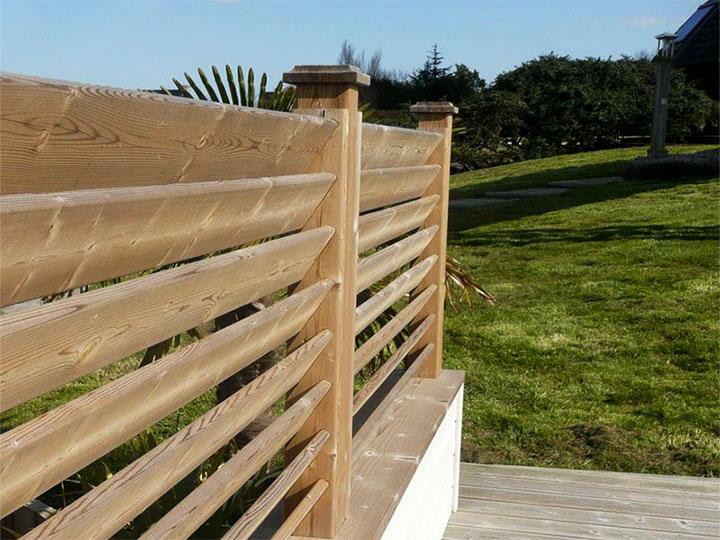 Забор-жалюзи из доски