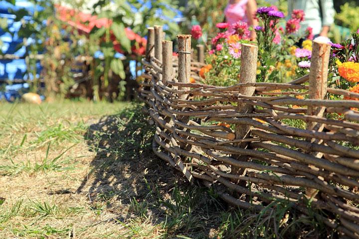 Ограда для цветника