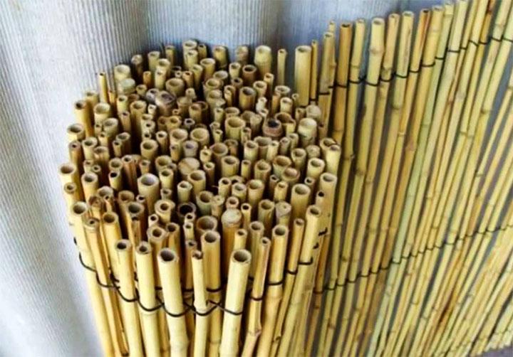 Рулон из бамбука