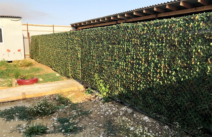 Забор из камуфляжа