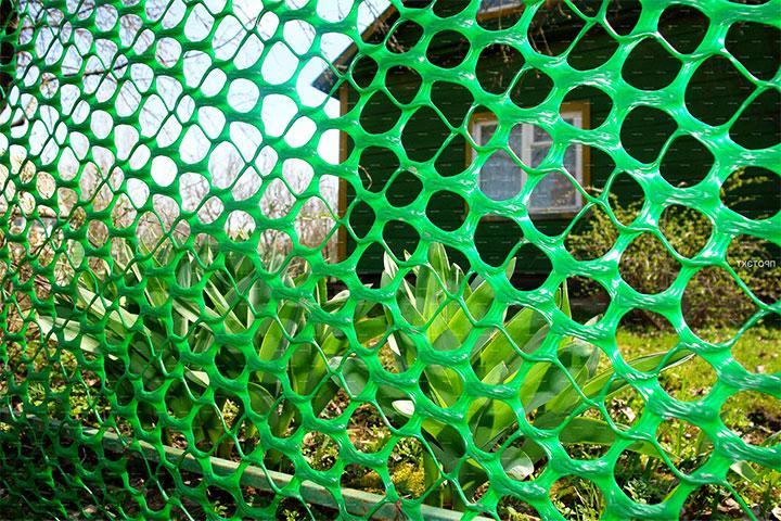Зеленая полимерная сетка