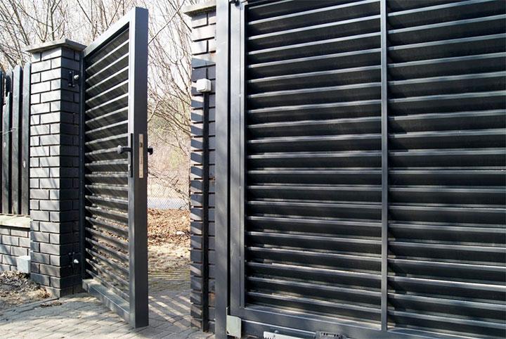 Ворота и калитка из металлических жалюзи