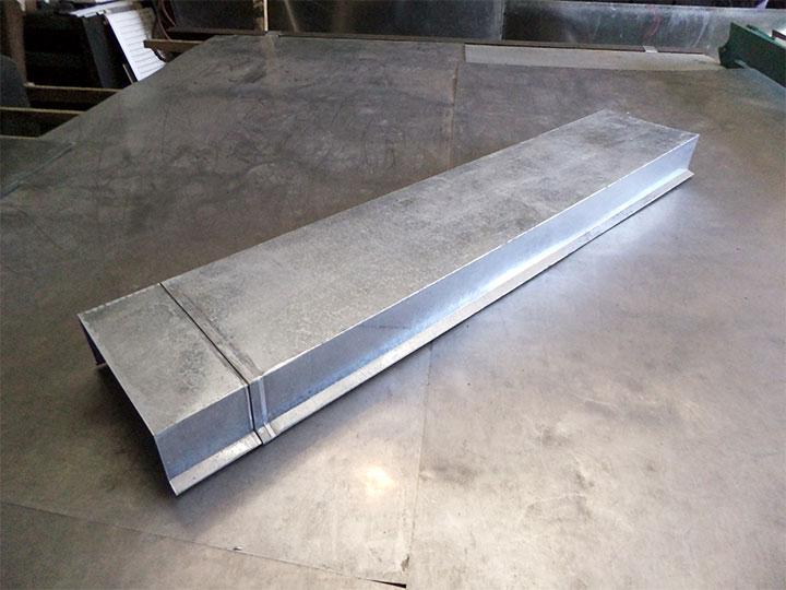 Парапетная крышка из оцинкованной стали