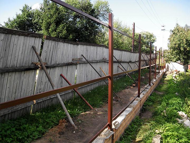 Каркас ограды из профтрубы