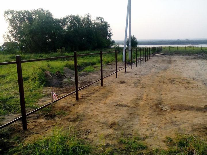 Ограждение территории забором