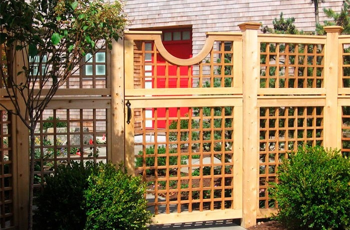 Калитка и забор из решетки