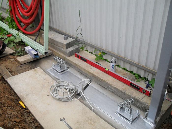 Монтаж фурнитуры для ворот