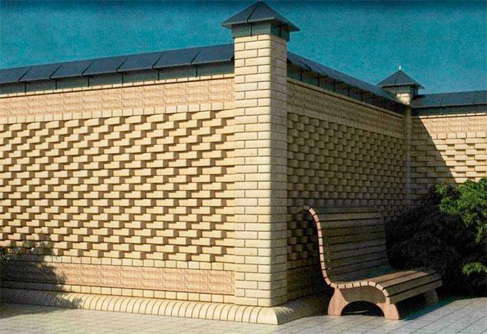 Стильный кирпичный забор
