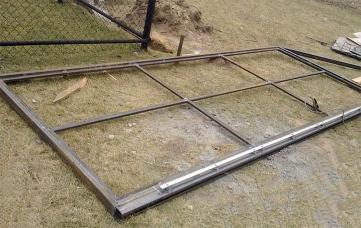 Каркас откатных ворот из профтрубы