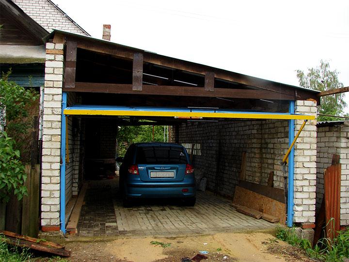 Пристройка гаража с подъемными воротами