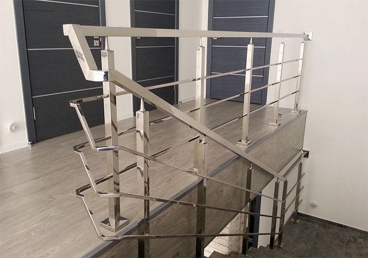 Перила для металлической лестницы