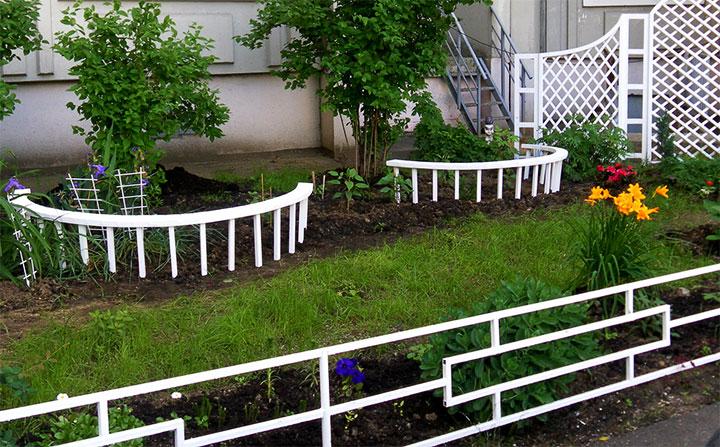 Декорирование двора частного дома