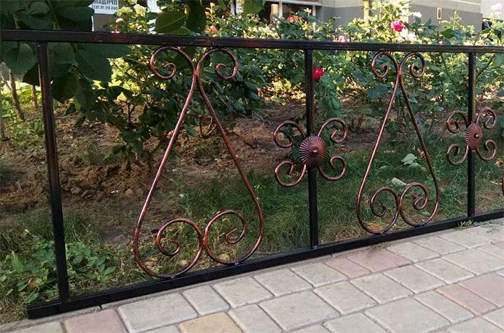 Кованая ограда для палисадника